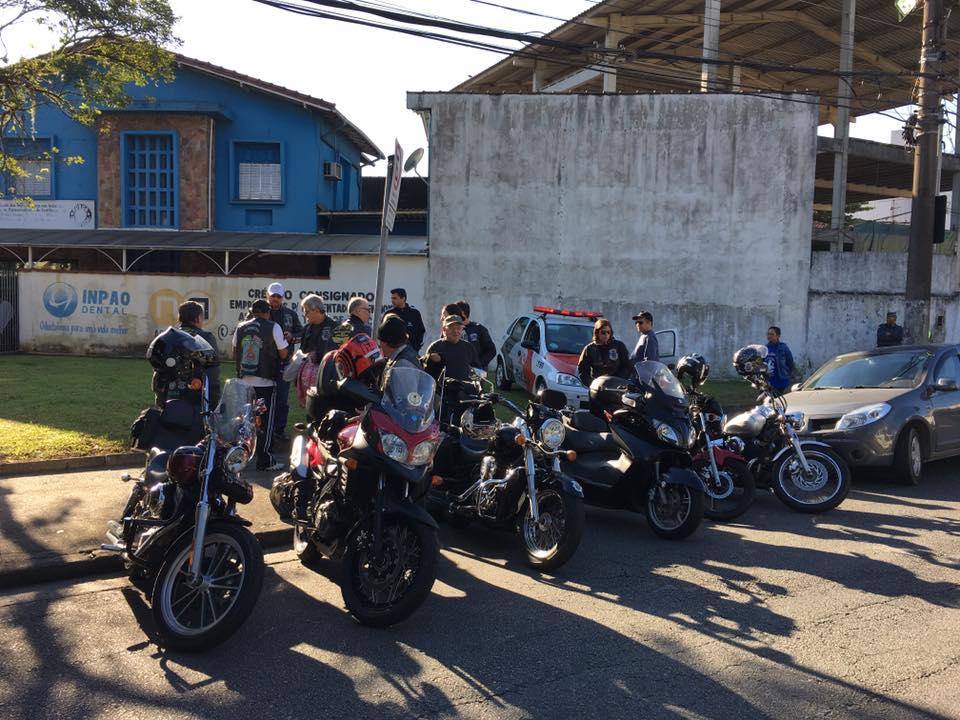 2016 Campanha do Agasalho Petroquímicos - Moto Clube Estradeiros da  Liberdade d7e9f984cb19d