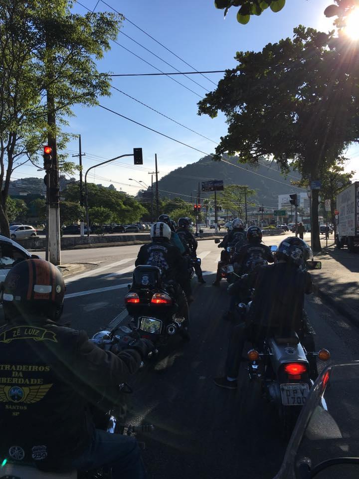 2016 Campanha do Agasalho Petroquímicos - Moto Clube Estradeiros da ... e11ae60c4de6d